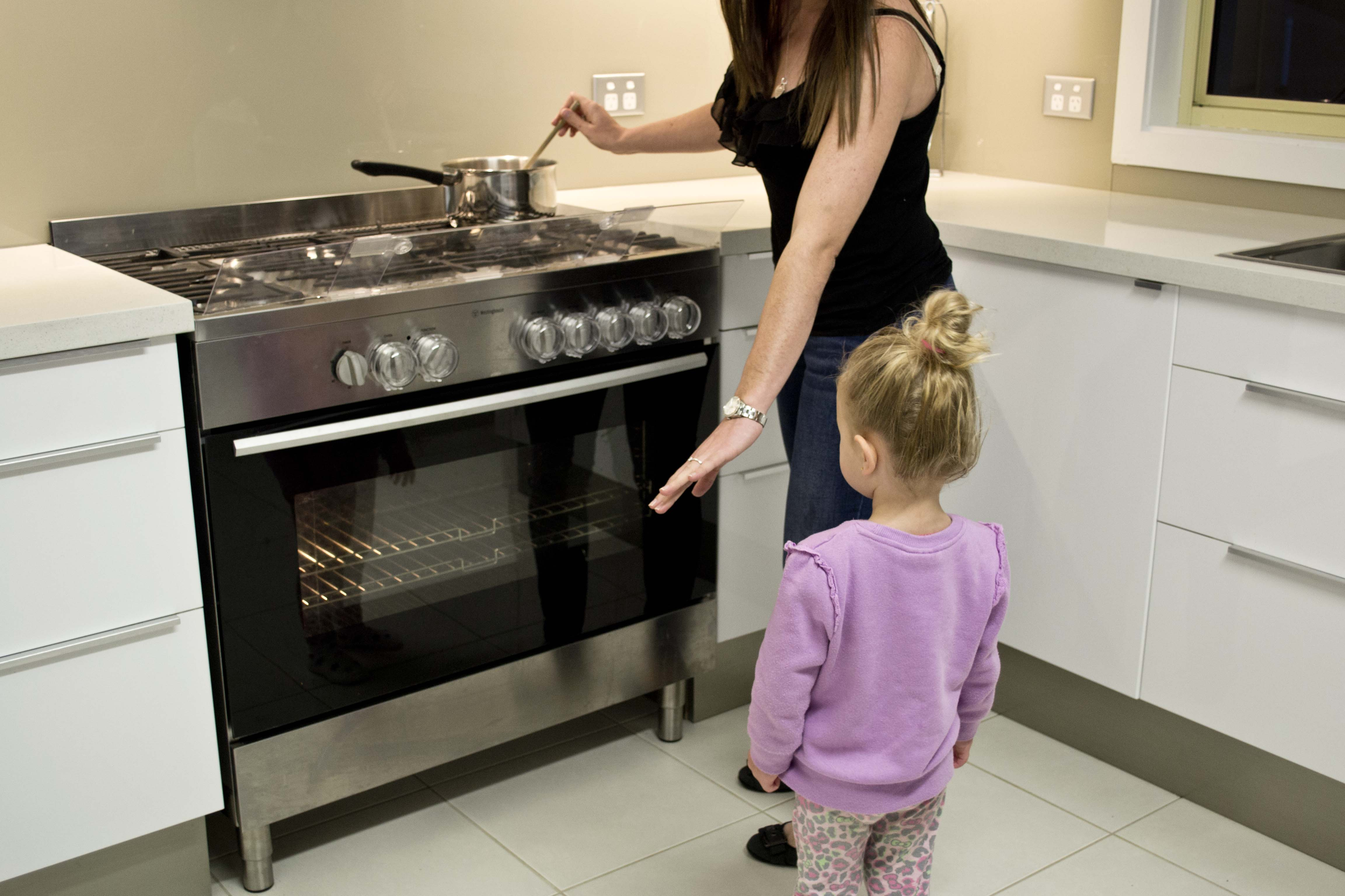 Stoves And Ovens Child Safety From Burns